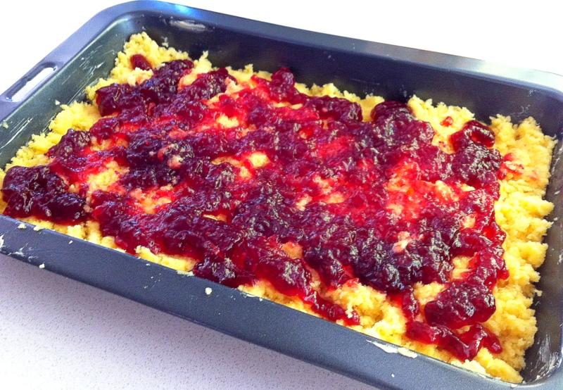 Austrian Raspberry Shortbread | Edibles and Travels