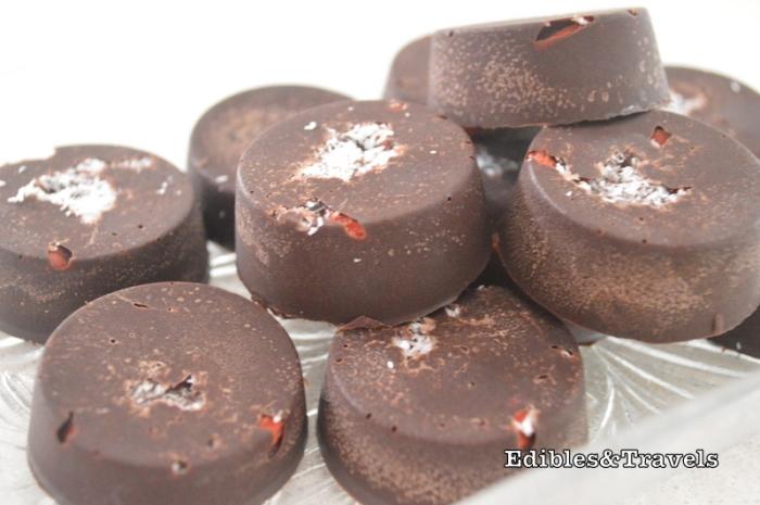 raw-chocolate-cups